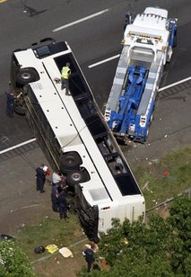 Bus Crash VA.jpg